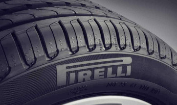 Sommerreifen Pirelli P Zero* RSC 245/35 R21 96Y