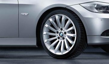 BMW Alufelge Radialspeiche 196 8,5J x 18 ET 37 Silber Hinterachse BMW 3er E90 E91 E92 E93