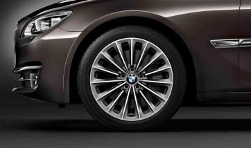 BMW Alufelge Radialspeiche 252 silber 9,5J x 19 ET 39 Hinterachse 5er F07 7er F01 F02 F04