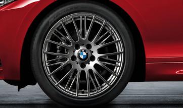 BMW Alufelge Radialspeiche 388 ferricgrey 8J x 18 ET 52 Hinterachse 1er F20 F21 2er F22 F23