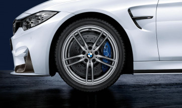 BMW Winterkompletträder M V-Speiche 641 silber 19 Zoll M3 F80 M4 F82 F83 RDCi