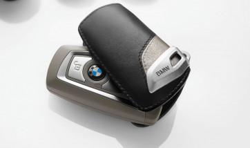 BMW Schlüsseletui Modern Line beige/hellbeige