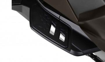 BMW Soziusfußraste verchromt Mitte K18