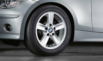 BMW Alufelge Sternspeiche 140 silber 7J x 16 ET 44 Vorderachse / Hinterachse 1er E81 E82 E87 E88