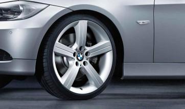 BMW Alufelge Sternspeiche 199 silber 8J x 19 ET 37 Vorderachse 3er E90 E91 E92 E93