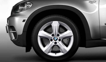 BMW Alufelge Sternspeiche 210 silber 8,5J x 18 ET 46 Vorderachse / Hinterachse X5 E70