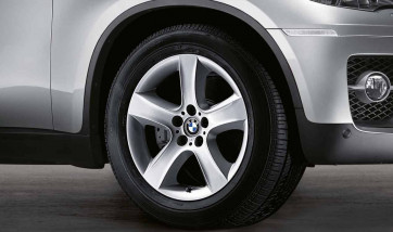 BMW Alufelge Sternspeiche 212 silber 9J x 19 ET 48 Vorderachse / Hinterachse X5 E70 X6 E71 E72