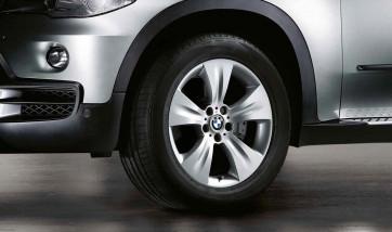 BMW Alufelge Sternspeiche 213 silber 10J x 19 ET 53 Hinterachse X5 E70
