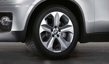BMW Alufelge Sternspeiche 232 silber 9J x 19 ET 48 Vorderachse X6 E71 E72
