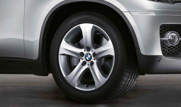 BMW Alufelge Sternspeiche 258 10J x 19 ET 21 Silber Hinterachse BMW X6 E71 E72