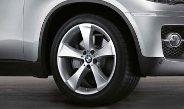 BMW Alufelge Sternspeiche 259 11J x 20 ET 37 Silber Hinterachse BMW X6 E71 E72