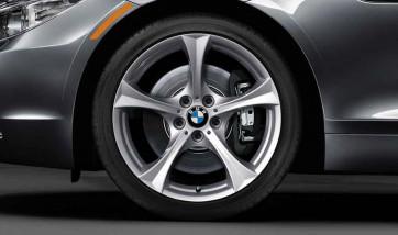 BMW Alufelge Sternspeiche 276 reflexsilber 8,5J x 18 ET 40 Hinterachse Z4 E89