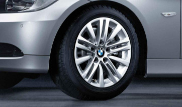 BMW Winterkompletträder Sternspeiche 283 silber 16 Zoll 3er E90 E91