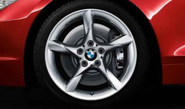BMW Alufelge Sternspeiche 295 silber 8,5J x 18 ET 40 Hinterachse BMW Z4 E89