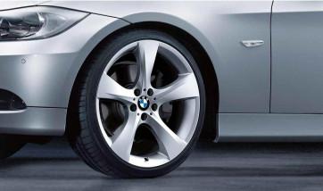 BMW Alufelge Sternspeiche 311 silber 9J x 19 ET 39 Hinterachse 3er E90 E91 E92 E93