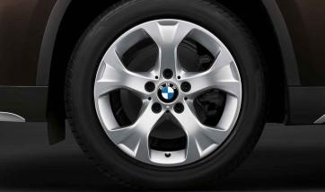 BMW Winterkompletträder Sternspeiche 317 reflexsilber 17 Zoll X1 E84 RDC LC
