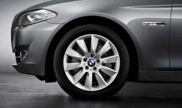 BMW Alufelge Turbinenstyling 329 silber 8J x 18 ET 30 Vorderachse / Hinterachse 5er F10 F11 6er F06 F12 F13