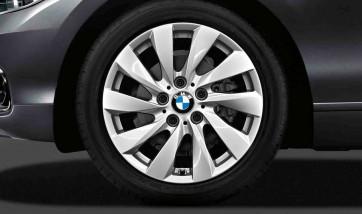 BMW Kompletträder Turbinenstyling 381 reflexsilber 17 Zoll 1er F20 F21 2er F22 F23 RDCi