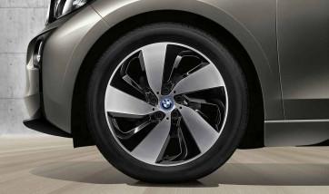 BMW Alufelge Turbinenstyling 429 bicolor (schwarz / glanzgedreht) 5,5J x 19 ET 53 Hinterachse linke Fahrzeugseite i3