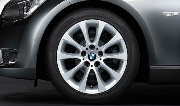 BMW Alufelge V-Speiche 188 silber 8J x 17 ET 34 Vorderachse / Hinterachse 3er E90 E91 E92 E93