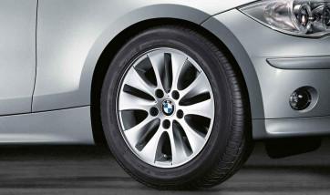 BMW Alufelge V-Speiche 229 7J x 16 ET 44 Silber Vorderachse / Hinterachse BMW 1er E81 E82 E87 E88