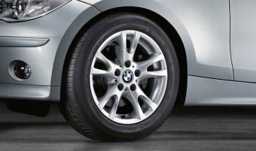 BMW Kompletträder V-Speiche 255 silber 16 Zoll 1er E81 E82 E87 E88