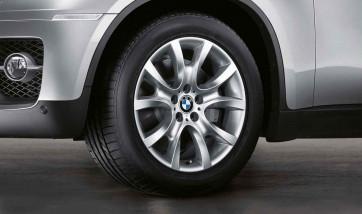 BMW Alufelge V-Speiche 257 silber 9J x 19 ET 18 Hinterachse X6 E71 E72