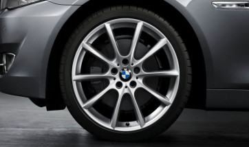 BMW Alufelge V-Speiche 281 silber 8,5J x 20 ET 33 Vorderachse 5er F10 F11 6er F06 F12 F13