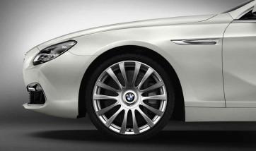 BMW Alufelge Individual V-Speiche 374 9J x 20 ET 44 Silber Hinterachse BMW 6er F06 F12 F13