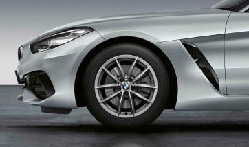 BMW Alufelge V-Speiche 768 reflexsilber 7,5J x 17 ET 24 Vorderachse Z4 G29