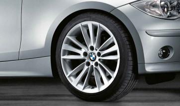 BMW Alufelge W-Speiche 263 7,5J x 18 ET 49 Silber Vorderachse BMW 1er E81 E82 E87 E88