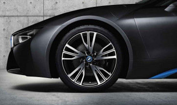 BMW Alufelge W-Speiche 470 bicolor (schwarz / glanzgedreht) 7,5J x 20 ET 40 Vorderachse / Hinterachse rechte Fahrzeugseite i8