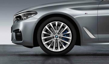BMW Alufelge W-Speiche 632 reflexsilber 8J x 18 ET 30 Vorderachse / Hinterachse 5er G30 G31