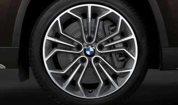 BMW Alufelge Wabenstyling 323 bicolor (spacegrau / glanzgedreht) 9J x 18 ET 41 Hinterachse X1 E84