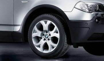BMW Alufelge Y-Speiche 114 9J x 18 ET 51 Silber Hinterachse BMW X3 E83
