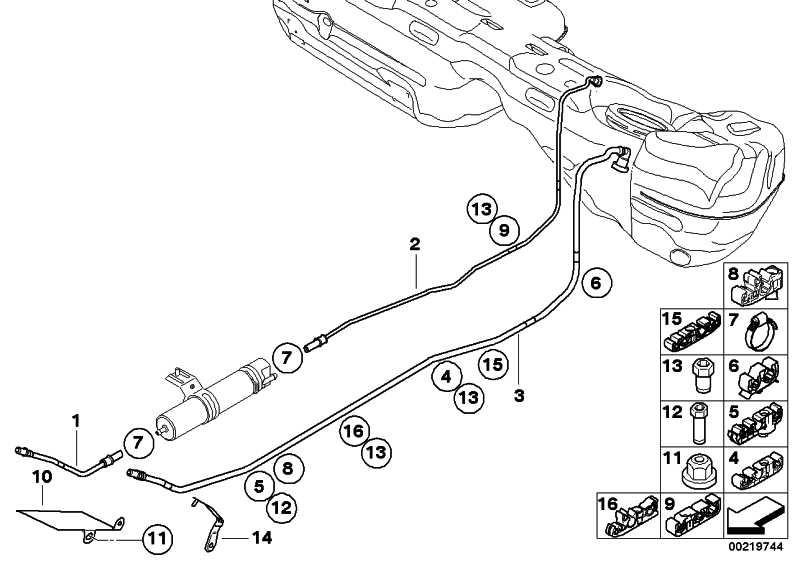 Kraftstoffvorlaufleitung vorne  1er 3er X1  (16127176663)