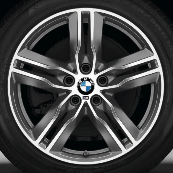 BMW Winterkompletträder M Doppelspeiche 570 bicolor (ferricgrey / glanzgedreht) 18 Zoll X1 F48 RDCi
