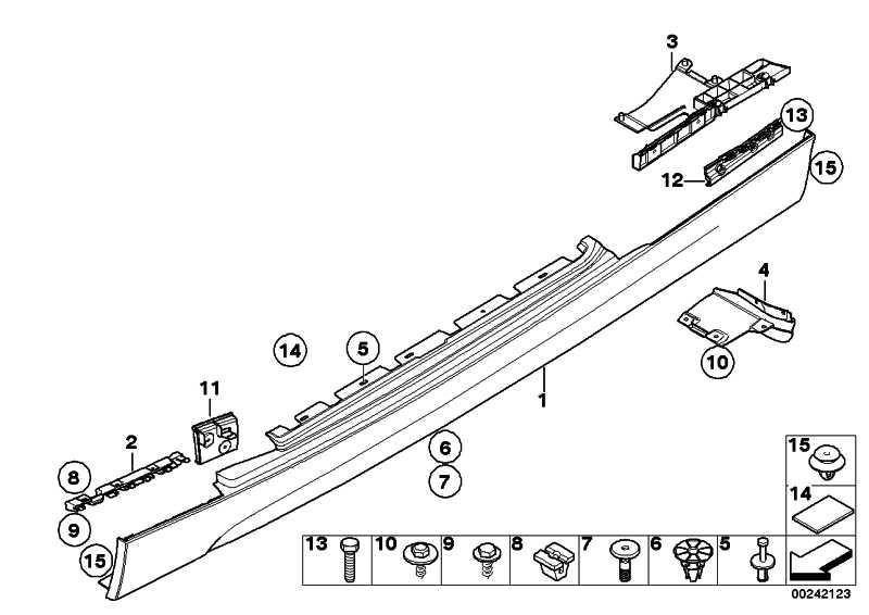 Schwellerleiste rechts grundiert -M-             1er  (51778037454)
