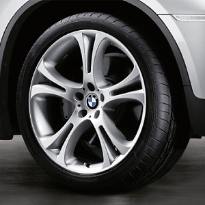 BMW Alufelge Doppelspeiche 275 11,5J x 21 ET 38 Silber Hinterachse BMW X5M E70 X6 E71 E72