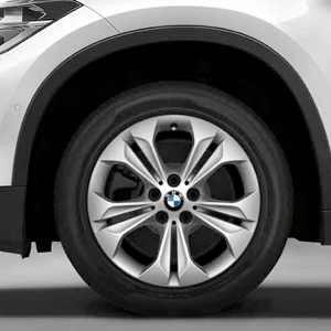 BMW Winterkompletträder Doppelspeiche 564 silber 17 Zoll X1 F48 RDCi
