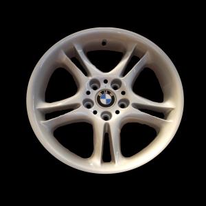 BMW Alufelge Doppelspeiche 59 9J x 18 ET 22 Silber Hinterachse BMW Z8 E52