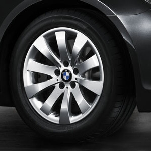 BMW Winterkompletträder Sternspeiche 250 silber 18 Zoll 5er F07 7er F01 F02 F04 RDC LC