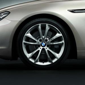 BMW Alufelge V-Speiche 366 9J x 19 ET 44 Silber Vorderachse / Hinterachse BMW 6er F06 F12 F13 5er F10