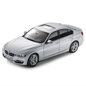 BMW 3er F30 1:18 glaciersilber