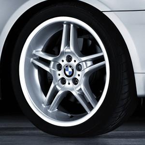 BMW Alufelge Doppelspeiche 125 8,5J x 18 ET 50 Silber Hinterachse BMW 3er E46 Z4 E85 E86
