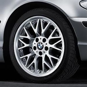 BMW Alufelge Kreuzspeiche 78 8,5J x 18 ET 50 Silber Hinterachse BMW 3er E46 Z4 E85 E86