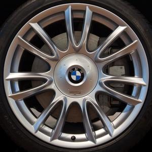 BMW Alufelge Individual V-Speiche 301 8,5J x 20 ET 25 Silber Vorderachse BMW 7er F01 F02 F04 5er F07