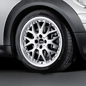 MINI Alufelge Cross Spoke Composite 90 7J x 17 ET 48 Silber Vorderachse / Hinterachse MINI R50 MINI Cabrio R52 R57 MINI R53 R56 MINI Clubman R55 MINI Coupe R58 JCW MINI Roadster R59