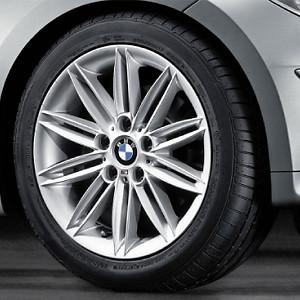 BMW Alufelge M Doppelspeiche 207 7,5J x 17 ET 47 Silber Hinterachse BMW 1er E81 E82 E87 E88