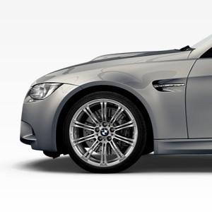 BMW Alufelge M Doppelspeiche 219 8,5J x 18 ET 29 Silber Vorderachse BMW 3er E90 E92 E93
